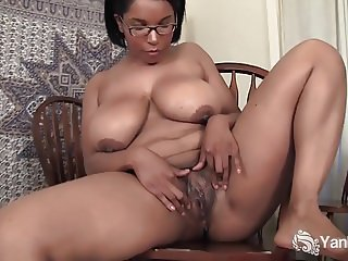 Horny Ebony From Yanks Natalia Johnson