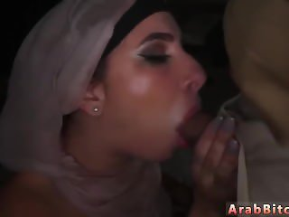 Ebony tenant blowjobs Aamir's Delivery