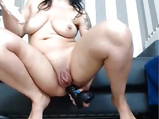 Pump Pussy Stabbing to a great and powerfull Squirt Mess!