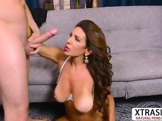 Big assed Not Aunt Layla La Mora Gets Fucked Hard Young Stepson