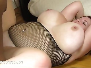 A babe with big tits meets a BBC