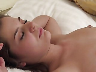 Teen Lizi Vogue in solo masturbation doing massage herself
