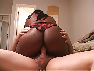 Big Tit Mature Ebony Mom Gets Butt Fucked