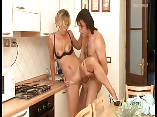 Anal-loving mature German has many orgasms