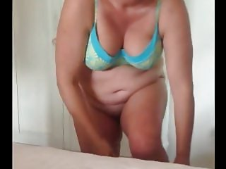 plump mature in hotel bedroom