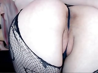 Hairy Big Booty Teen Showing Ass Hole