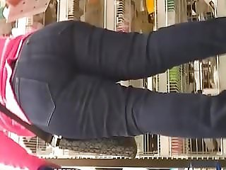 Big butt Mexican mom in jeans
