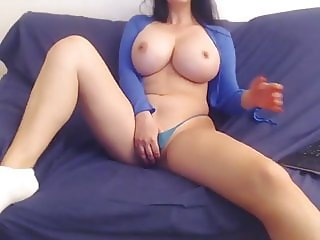Perfect tits cam