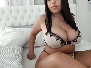 Thick Latina Solo