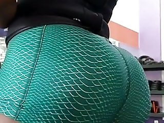 CANT GET ENOUGH OF THIS ASS