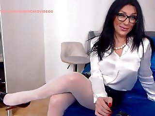 WM 530 Milf white Nylons Feet & Heels