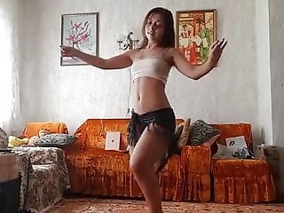 Amateur girls hot belly dance for men cocks..
