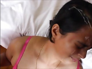 Indian wife gets facial cumshot