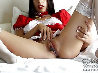 Asian Maid JOI