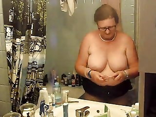 Toothbrush and tits