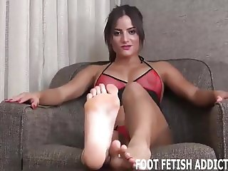 You should feel privileged to worship my feet