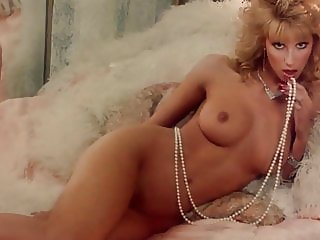 MONIQUE GABRIELLE NUDE (1987)
