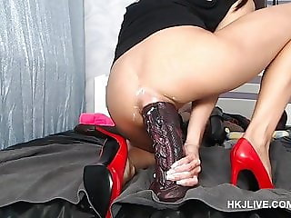 Webcam Hotkinkyjo fisting huge anal dragon dildo 23.08.2018