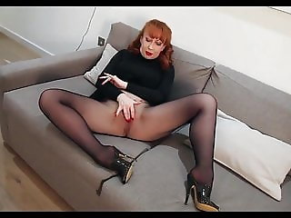 Redhead Solo Play In Nylons And Lingerie