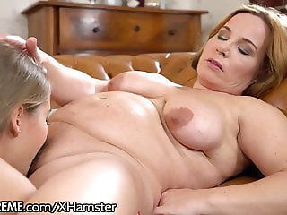 21Sextreme GILF and Teen Lez Take Turns Snacking on Pussy