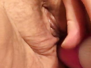 another beautiful phat pussy creaming