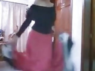 indian girl dancing sexyly