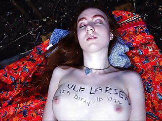 Teen Ginger Autumn pee & fuck outdoor