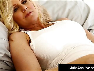 Smoking Hot Milf Julia Ann Dildo Fucks Herself For A Fan!