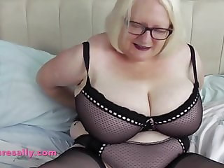 Granny teases you with her perfect curves