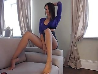LaPearl long beauty feet & anal
