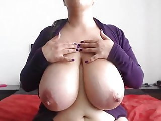Absolutely huge latin tits