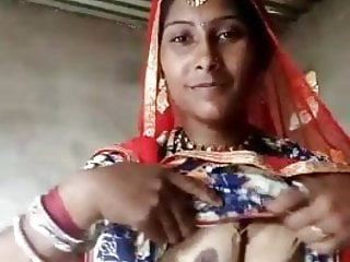 Village Bhabhi showning her pussy and ass to bf..