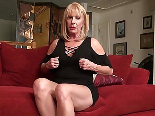 Beautiful mature mom Rae with amazing big tits