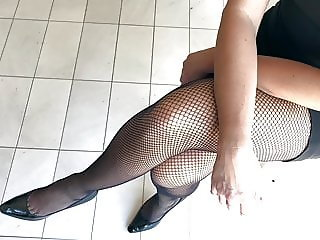 Super Sexy Fishnets and Heels