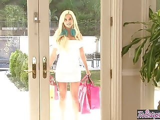 When Girls Play - Nicole Aniston Spencer Scott - Blonde