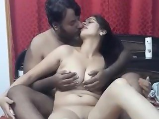 india call centre girl seduced with her office senior friend at his house