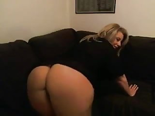 Hotwife playing on cam