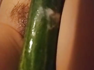 thai with cucumber