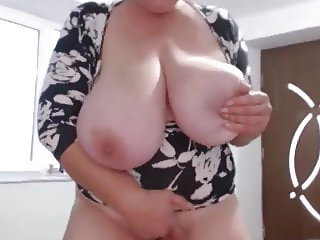 Huge Tits Mature on Cam 2