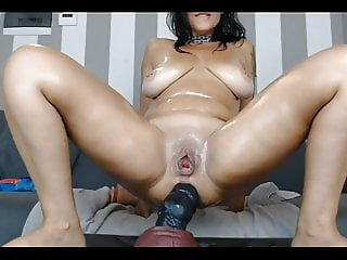 Dirty hot as fuk milf webcam anal toying and squirting