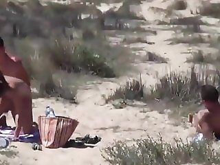 Sex on the beach - amateur foursome