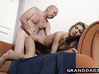 Skinny babe delivers package and fucks old grandpa
