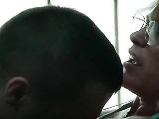 MILF LETS INMATE CUM INSIDE HER WEEKLY TO RELIEVE HIS STRESS