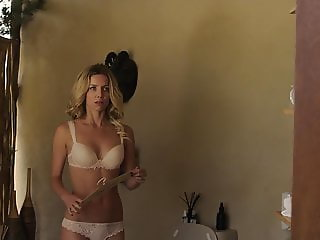 Annabelle Wallis - 'The Br0thers Grimsby'