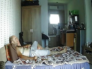 Watching ufc and fucking my maid the dream