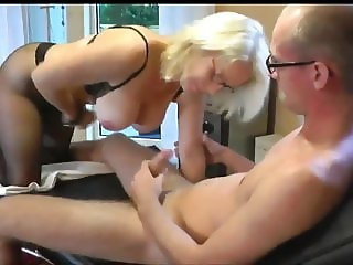 Horny Amateur Mature MILF Seduce and Fuck Young Delivery Boy