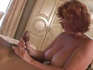 Old Diva exhausting blowjob