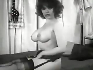Vintage tease 50s, 3 busty girls show their body