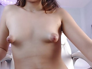 19 yrs old cam-slut extrem puffy nipples