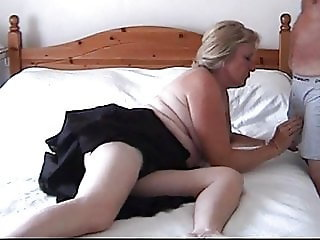 Sexy mature woman from Corby UK